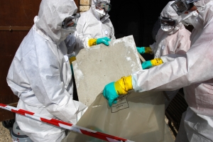 The professional ACM Removal team works together to remove contained asbestos. Great careers start here.